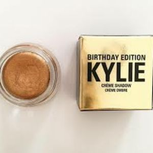 🆕️ {kylie cosmetics} copper creme eyeshadow